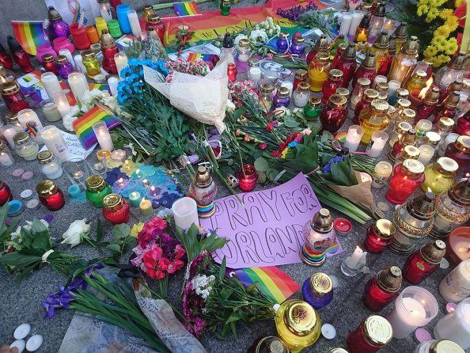 Acto de solidaridad por la Masacre de Orlando