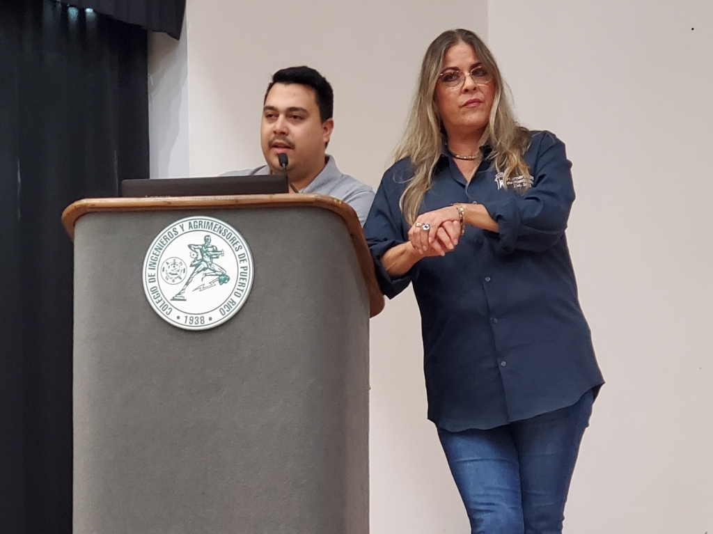 Eva Quiñones, Presidenta de Humanistas de Puerto Rico, y Carlos Cintrón, del Comité Legal de la organización, presentes en la Asamblea Nacional de Ateístas de Puerto Rico, 2020. (c) 2020, Pedro M. Rosario Barbosa. Licencia: CC-BY 4.0+.