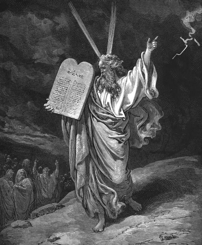 Moisés desciende con los diez mandamientos